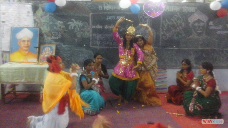 Krishna & Radha Play at GTTC, Hzb